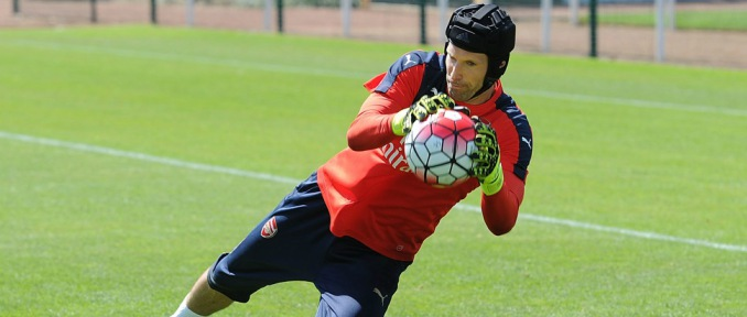 Martínez léphet Cech helyére