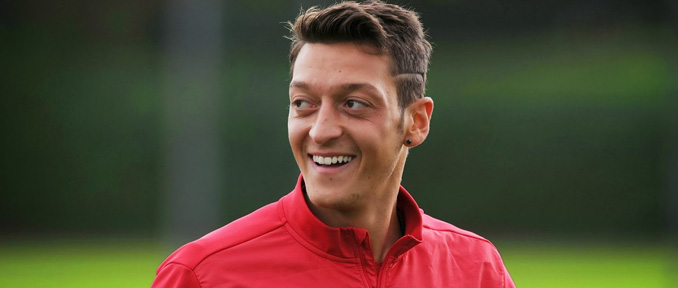 Hivatalos: Özil 2021-ig hosszabbított!